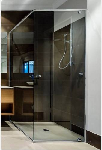 ArvaDeluxe Semi Frameless Shower Screen Image